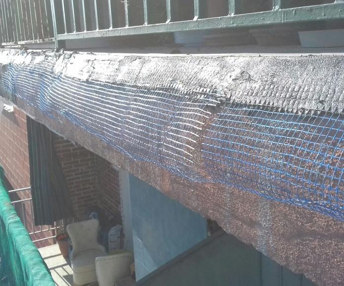 Restauración e impermeabilización de tejados en casas viejas: Servicios de Fachadas Monzón