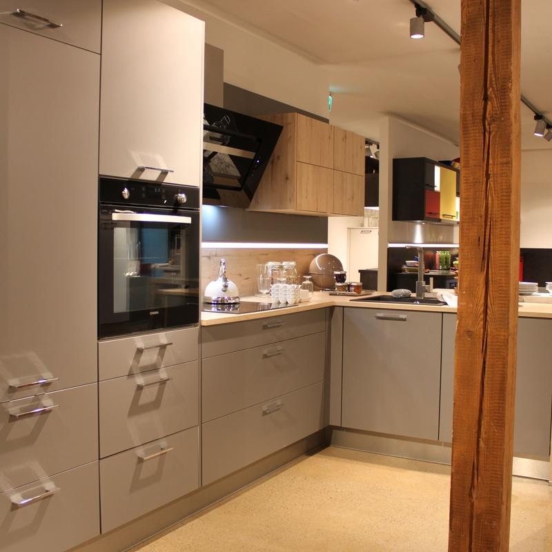Koje: Productos y servicios de Premier Estudio de Cocinas