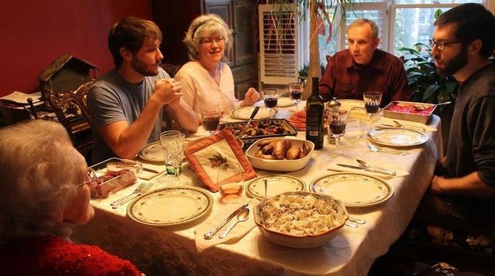 Esta es la clave de las familias que no discuten en Navidad según la psicología