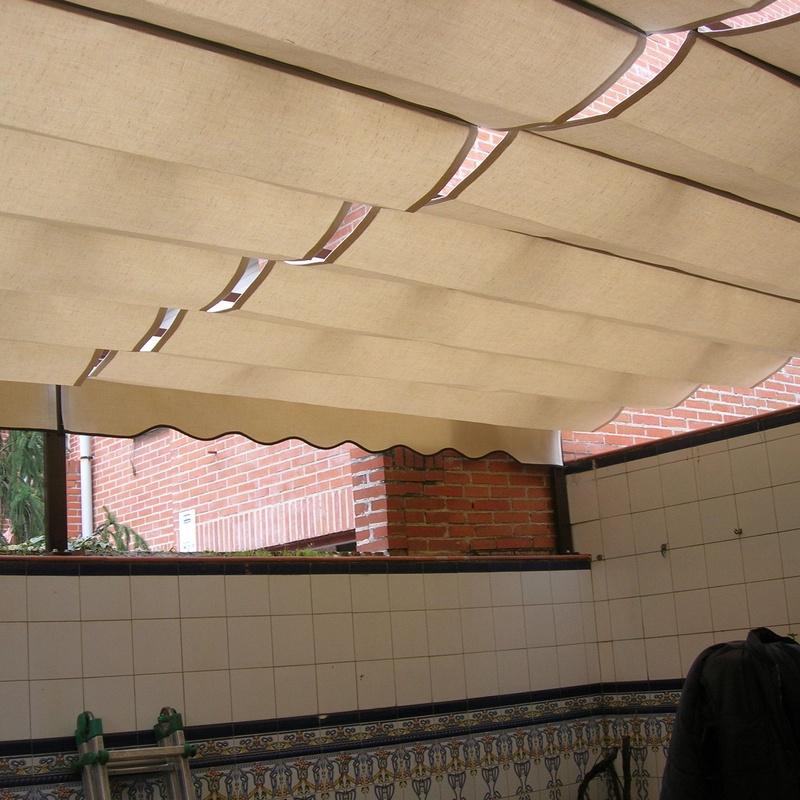 2 pérgolas modelo Castilla juntas con portería con 3 postes