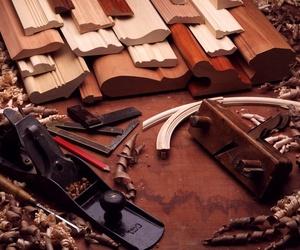 Especialistas en molduras de madera en Jaén