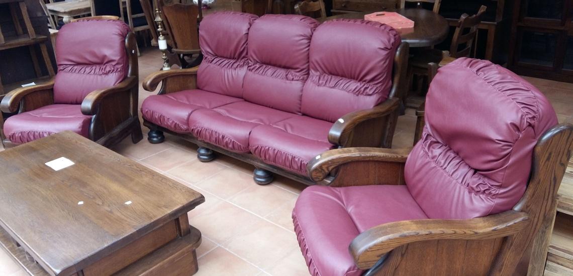 Recogida de muebles en Zaragoza: conjunto de sofá y sillones