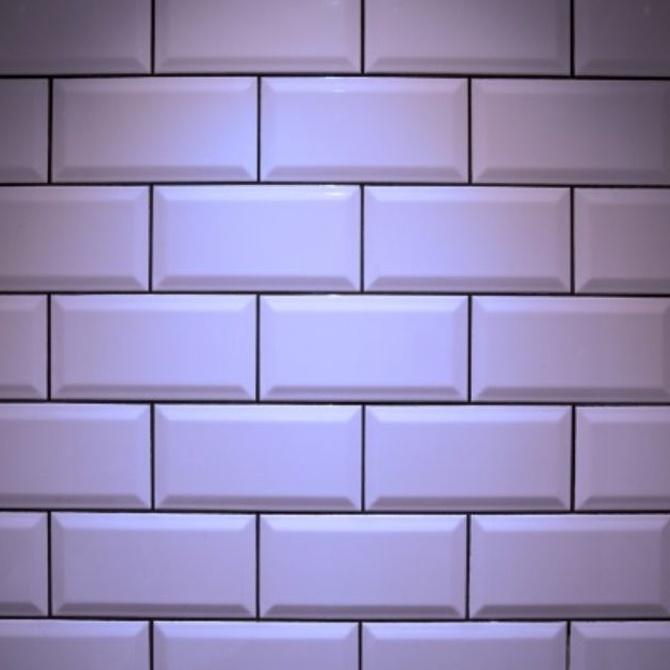 También se pueden pintar los azulejos y los saneamientos de tu casa