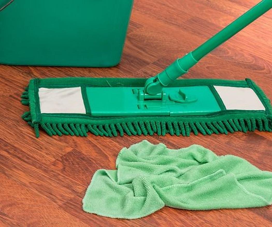 La mejor limpieza para el mantenimiento de tu parquet