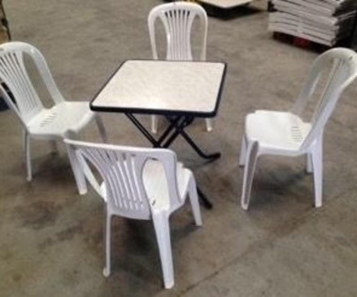 Mesa con sillas: Catálogo de Jedal Alquileres