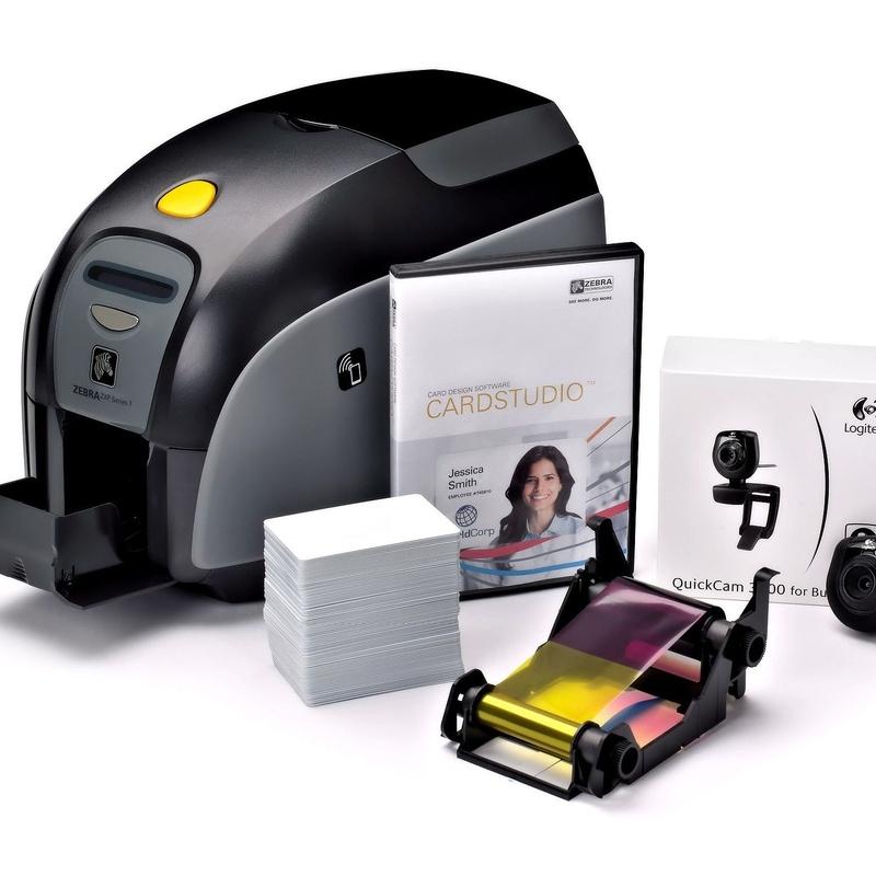Impresión de Tarjetas a Color ID Card: Productos y Servicios de STGlobal - Identificación y Etiquetado