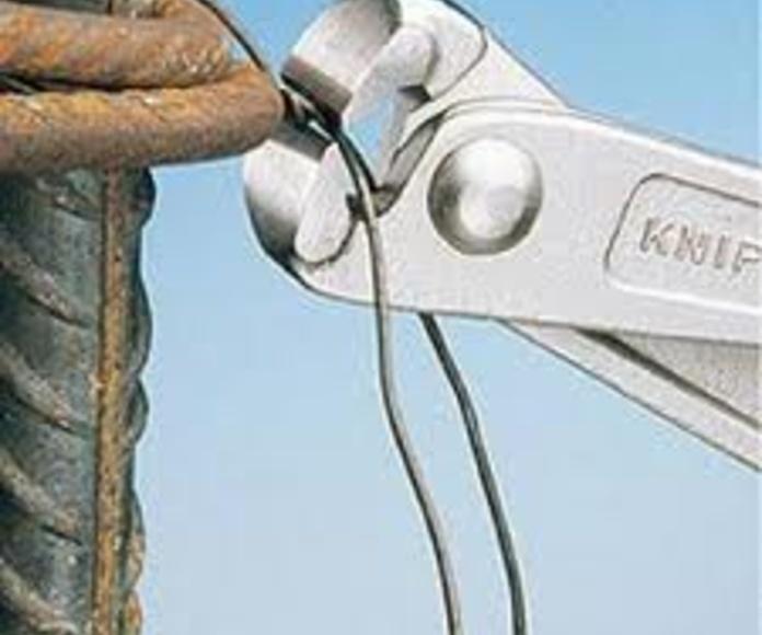 Tenaza: Servicios de Hnos. López Materiales de Construcción