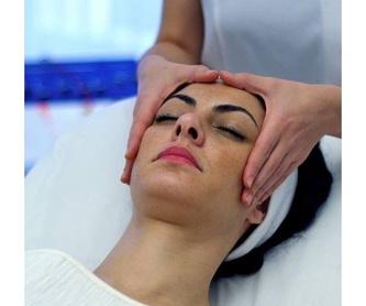 Manicura y pedicura: Tratamientos de Encarnación Estética y Salud