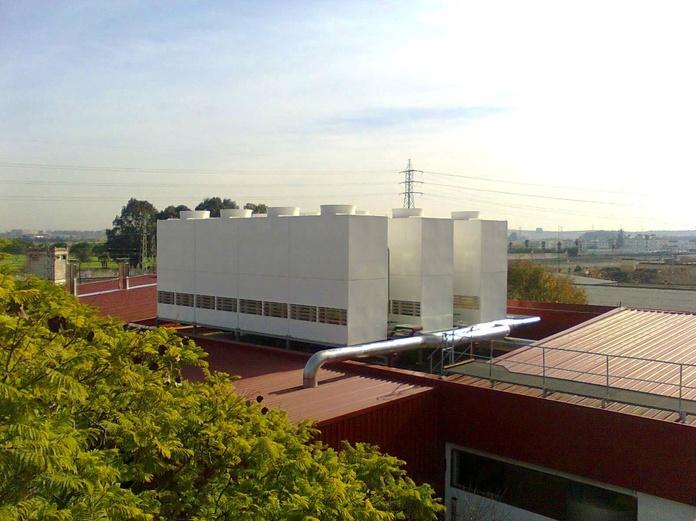 Torres de Refrigeración NUCLEOS fabricadas por Control y Ventilación, S.L.