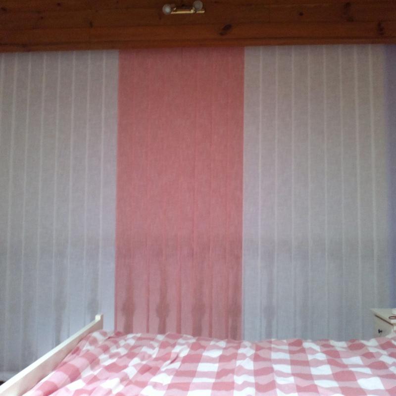 cortina vertical con combinación de colores