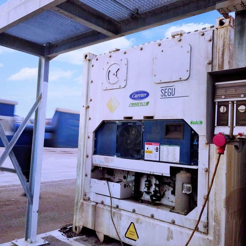 Revisión y mantenimiento de contenedores frigoríficos