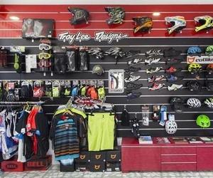 Venta bicicletas y accesorios, mantenimiento y revisiones. Asesoramiento y financiación a su medida