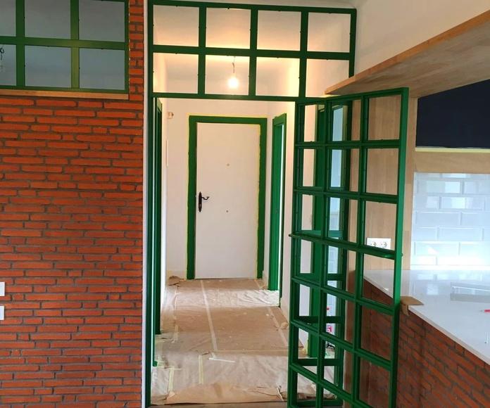 Puerta de diseño para vivienda en Plentzia