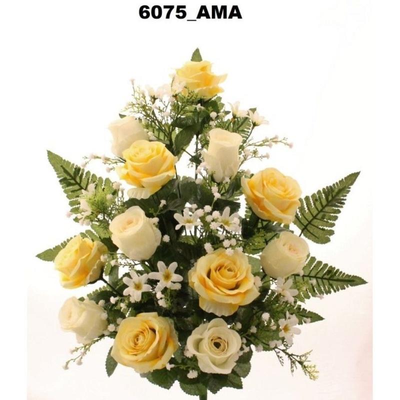 RAMO ENCARADO ROSAS/CAPULLOS X 12. COLOR:AMARILLO. REF.:6075 AMA. PRECIO: 5,50 €