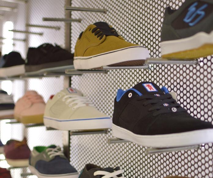 Ropa de calle: Nuestra Tienda de Antidot Skate Shop