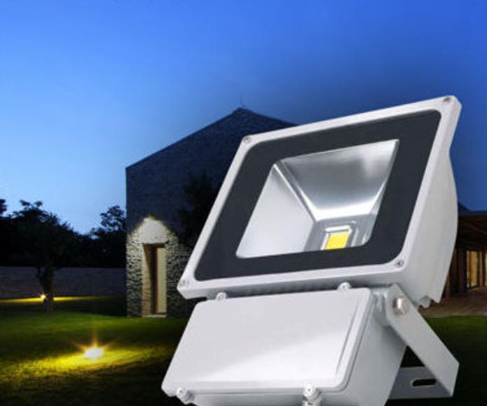 Proyectores para iLUMINACION LED de Exterior.