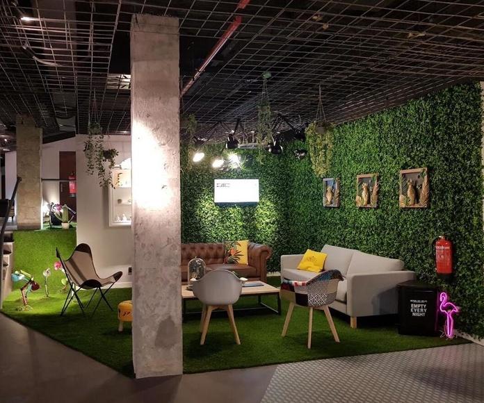 Jardin vertical artificial en recepción de hotel Madrid