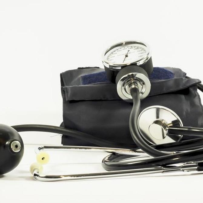 ¿En qué valores debemos tener la tensión arterial?