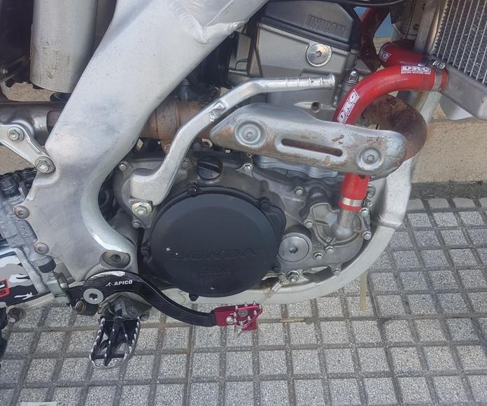 Venta de Honda CRF - R 250cc 4 tiempos. A estrenar: Servicios de Asua-Berri Motor Old School