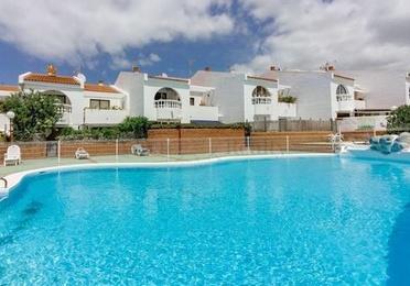 Apartamento de 3 dormitorios, Callao Salvaje, 230.000€. + de 2 dormitorios