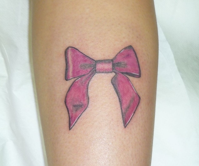 Color: Tatuajes de Estudio de Chus Tattoo
