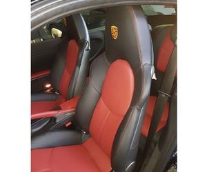 Tapicería de asientos delanteros del Porsche 911 carrera S