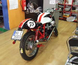 Venta y colocación de neumáticos de moto