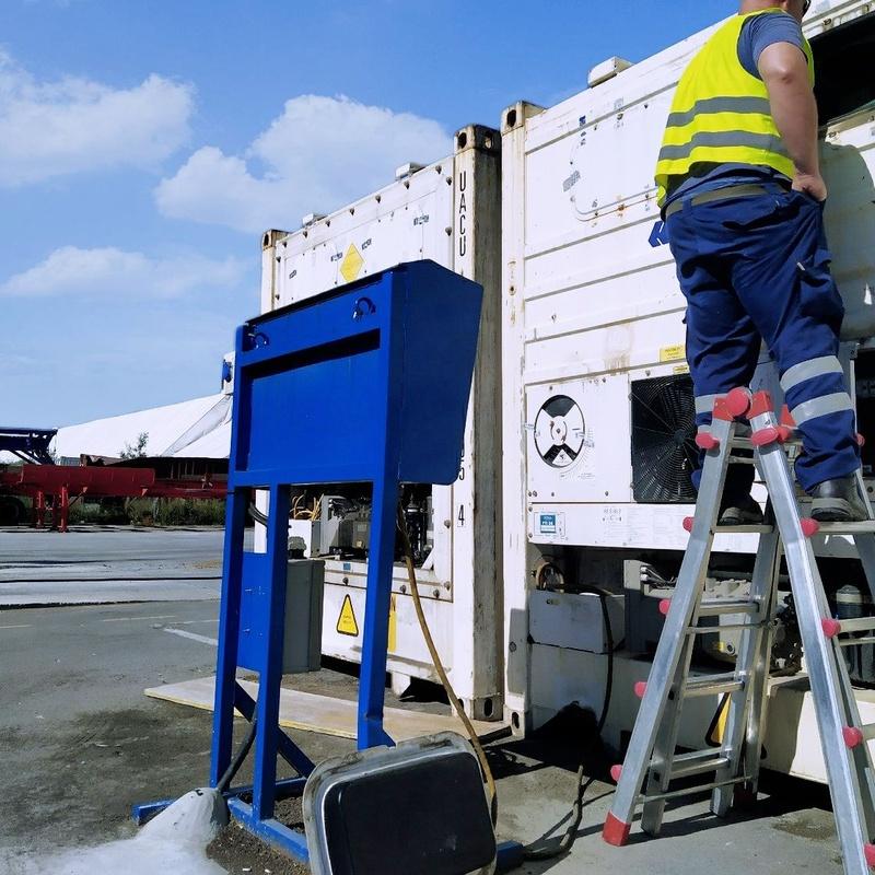 Reparación y mantenimiento de equipos marítimos y equipos de transporte