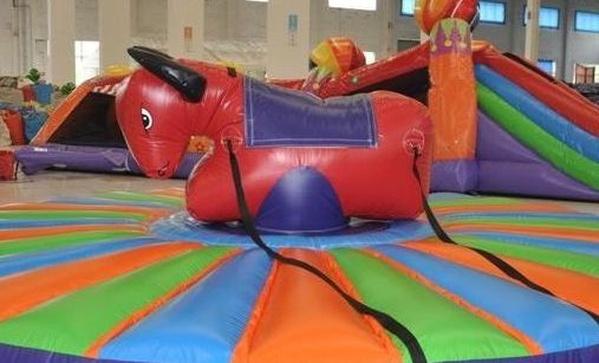 Toro Rodeo Hinchable