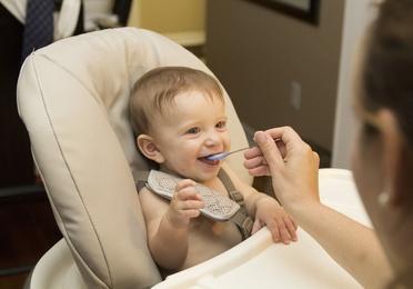 Limpieza de sillas de niños