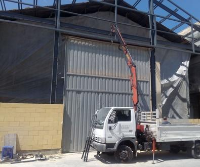 Desmontaje y montaje de puerta pre leva en nueva ubicación Beniparrel