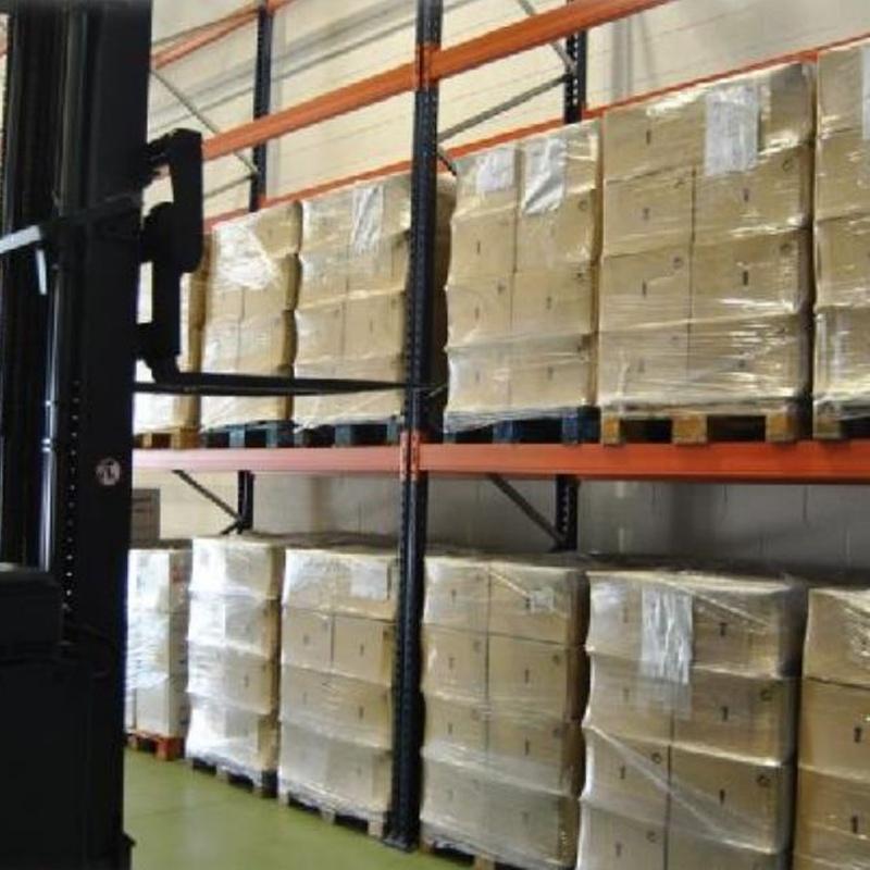 Almacenaje y distribución: Servicios de Suso Transporte y Logística Internacional, S.L.