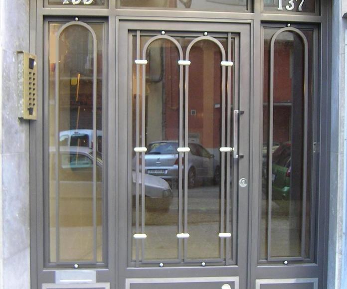 Puertas: Productos y Servicios de Forjafid - Puertas para Comunidades