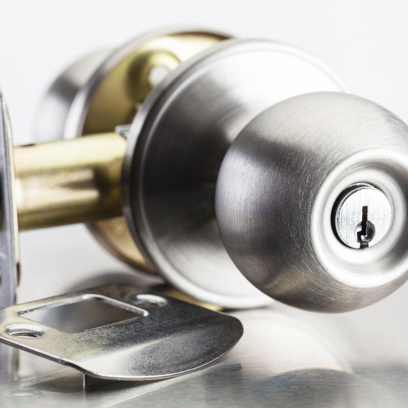 Venta e instalación de cerraduras: Catálogo de SEGUR - HOGAR
