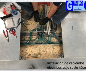Instalación cableado eléctrico bajo suelo técnico