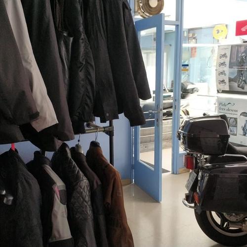 Vir Motos i Viñals | Comprar neumáticos de moto en Vilassar de Mar