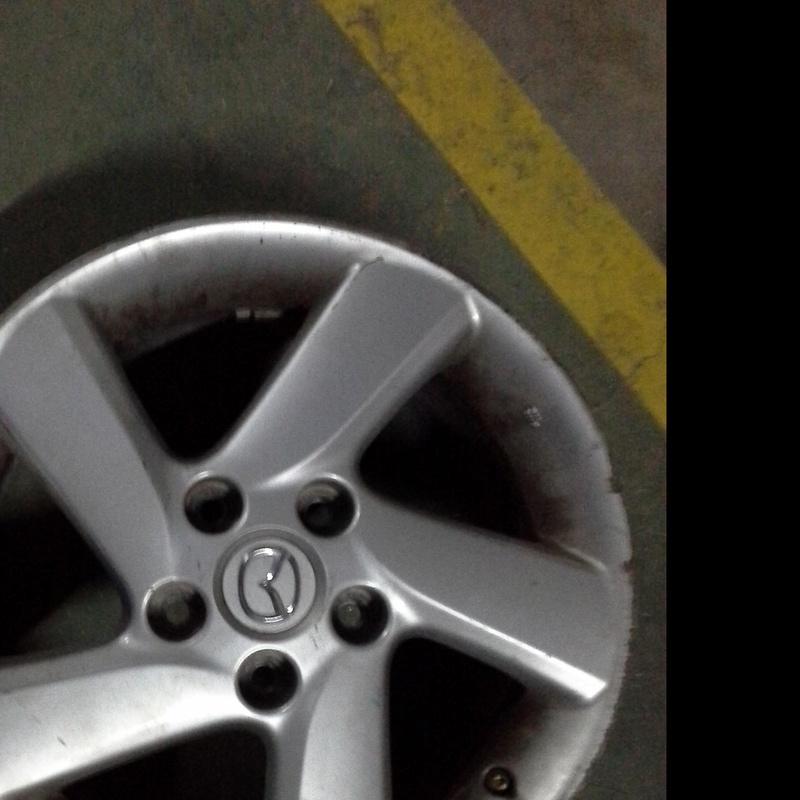 Juego de llantas de aluminio de Mazda en R-16 de 5 tornillos en Desguacex Clemente de Albacete