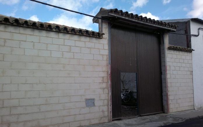 Venta de solar cercado muy céntrico: Inmuebles Urbanos de ANTONIO ARAGONÉS DÍAZ PAVÓN