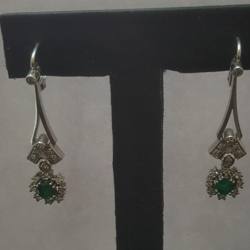 Pendientes de Oro Blanco con Diamantes y Esmeraldas: Compra Venta de Oro y Plata de MR. SILVER & GOLD