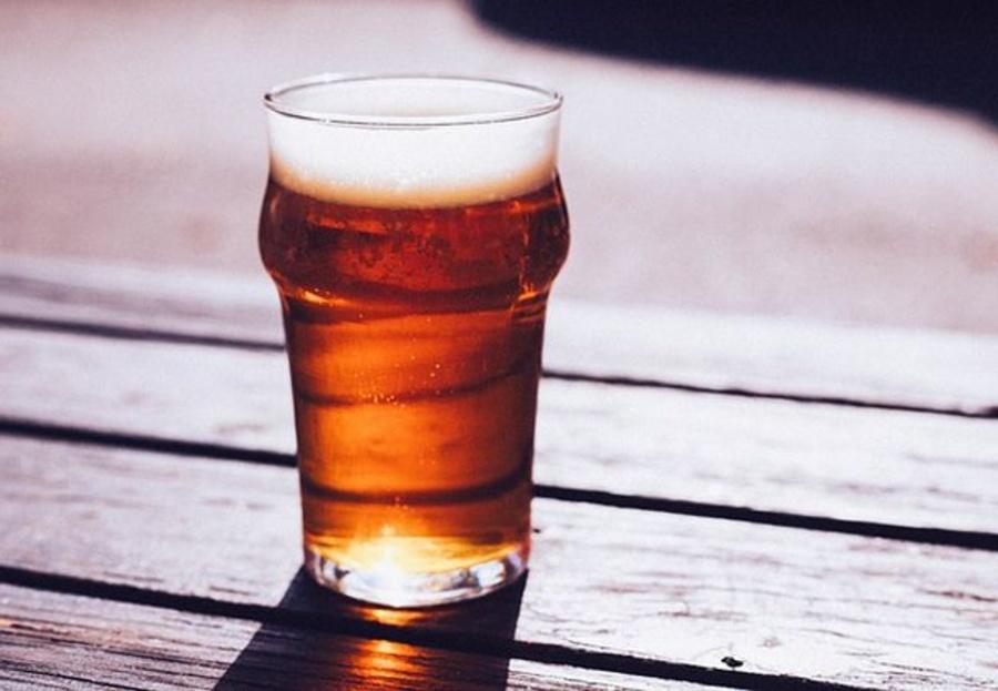 Acompañar un asado con una buena cerveza