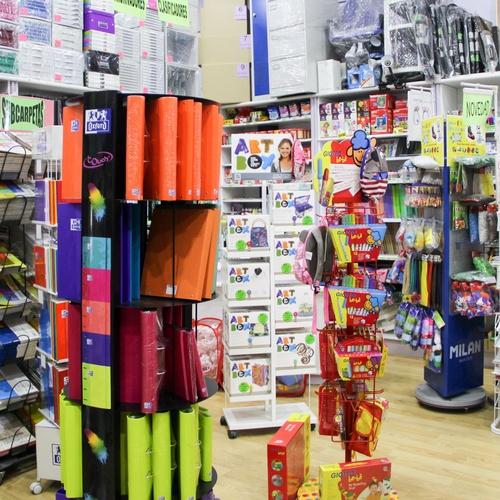 Somos el almacén de venta de artículos de papelería más importante de la zona sur de Madrid