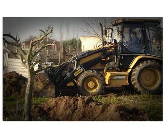 Trabajos en tierra y rocas: Servicios de Excavaciones y Transportes Hermanos Morillo