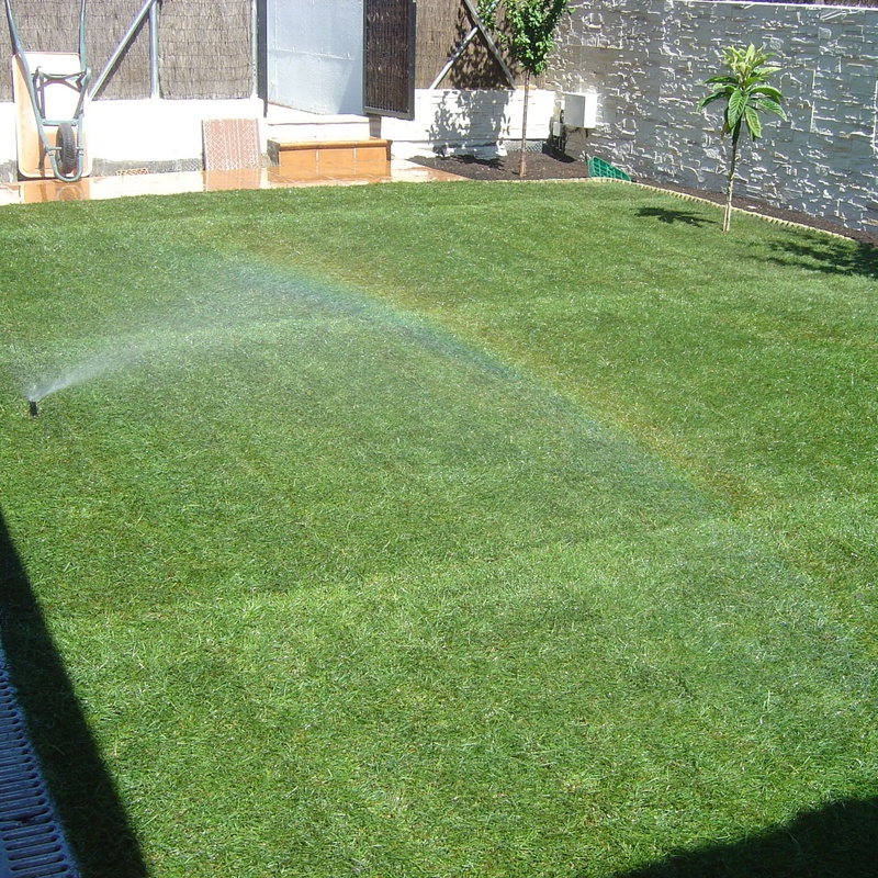 Riegos: Servicios de Jardinería Sefer