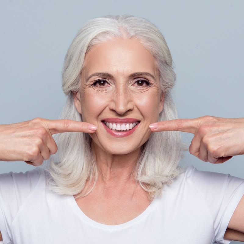 Injertos de tejidos blandos: Tratamientos de Centro Médico Dental Capitol