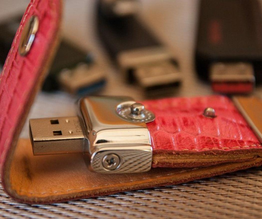 Memorias USB personalizadas, un regalo muy útil