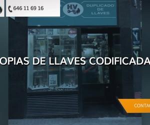 Galería de Codificación y programación de mandos para coches y garajes en Madrid | Mandos de coches HV (Centro Comercial Las Rosas)