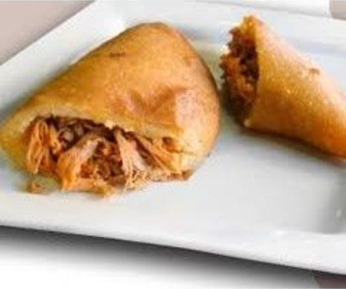 Empanada de Mechada: Nuestra Carta de Happy Burger