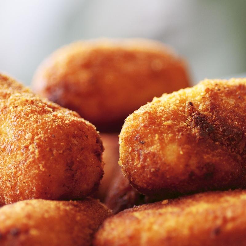 Croquetas Caseras de Pescado o Carne: Nuestra Carta de Restaurante Coto do Rano