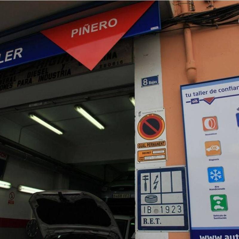 Descarbonización completa del motor: Servicios de Talleres Piñero