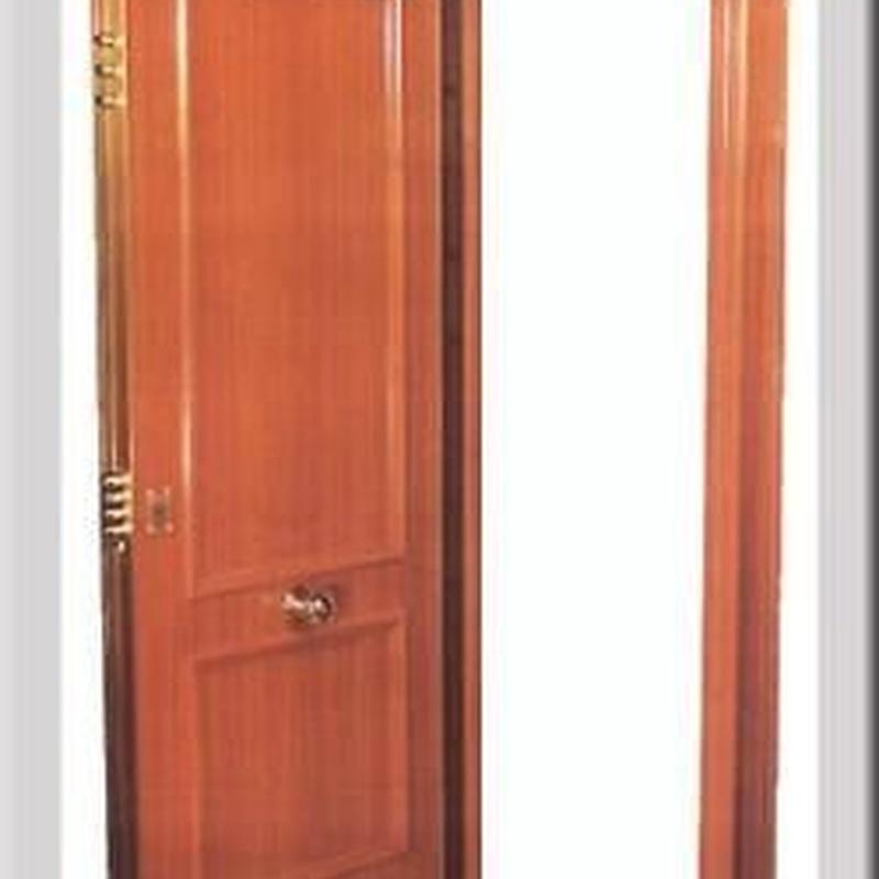Puerta Bindada con cerco acorazado